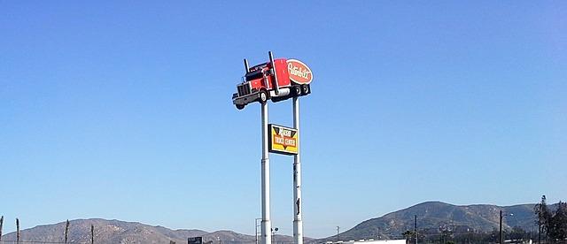 reklamní náklaďák