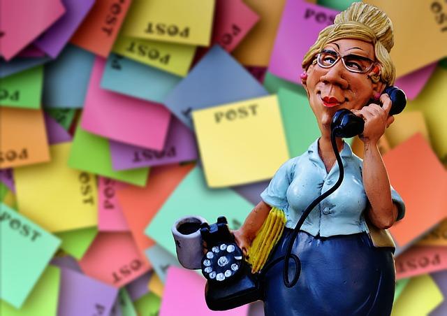 sekretářka s telefonem
