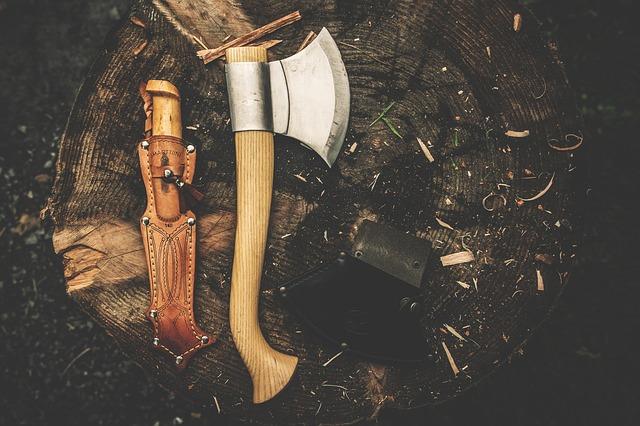 sekera a nůž
