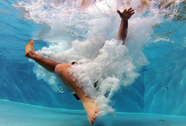 pád do vody.jpg