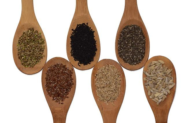 6 druhů semen.jpg