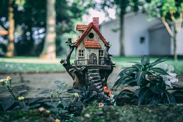 malý domek, zahrada